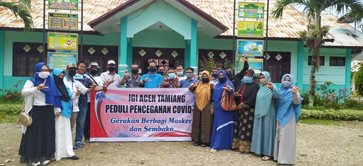 IGI Aceh Tamiang berbagi masker dan sembako kepada guru bakti/honorer (doc. Samsul Bahri)