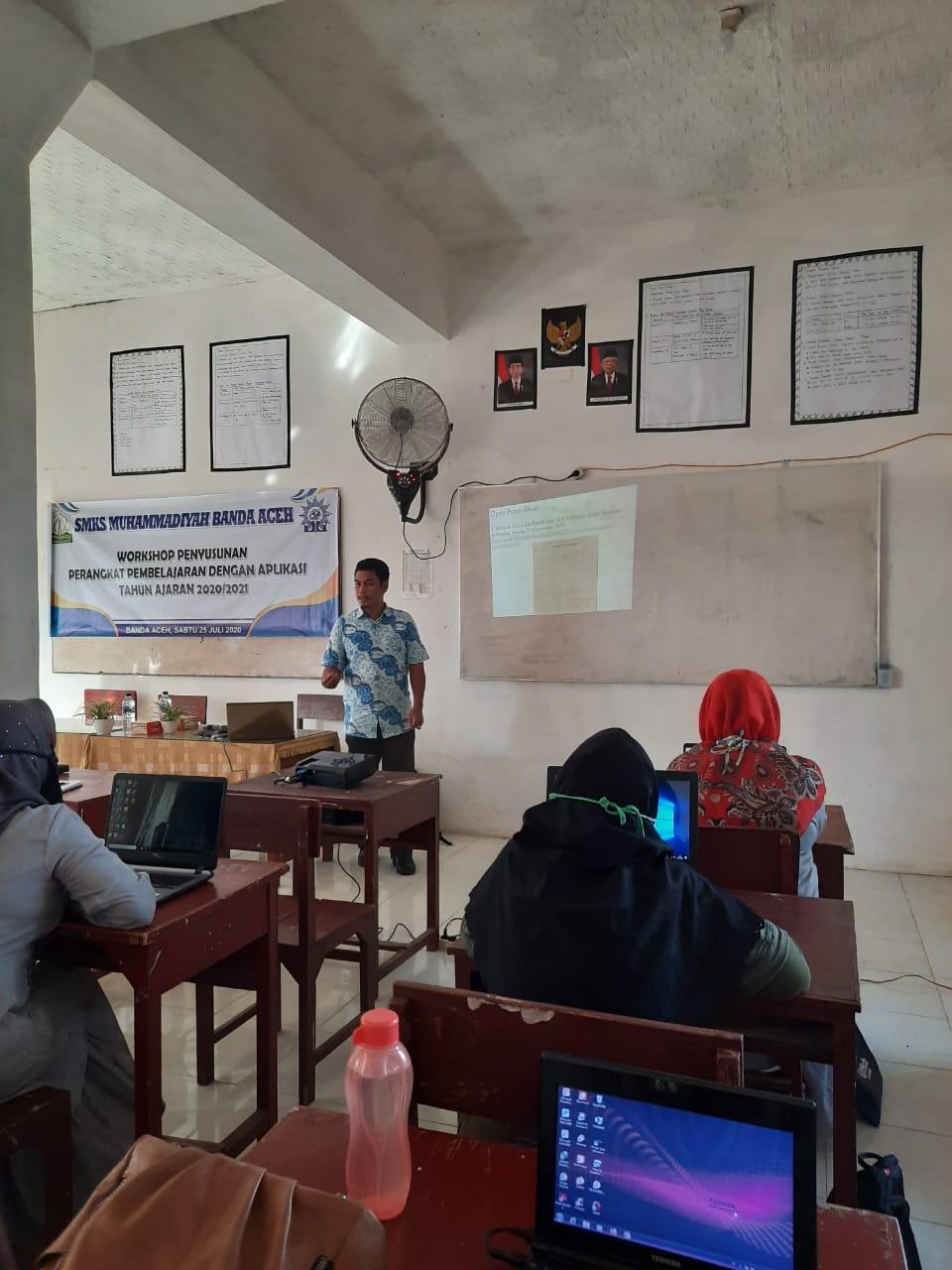 Tingkatkan Kompetensi, Guru SMKS Muhammadiyah Dilatih RPP Inspiratif