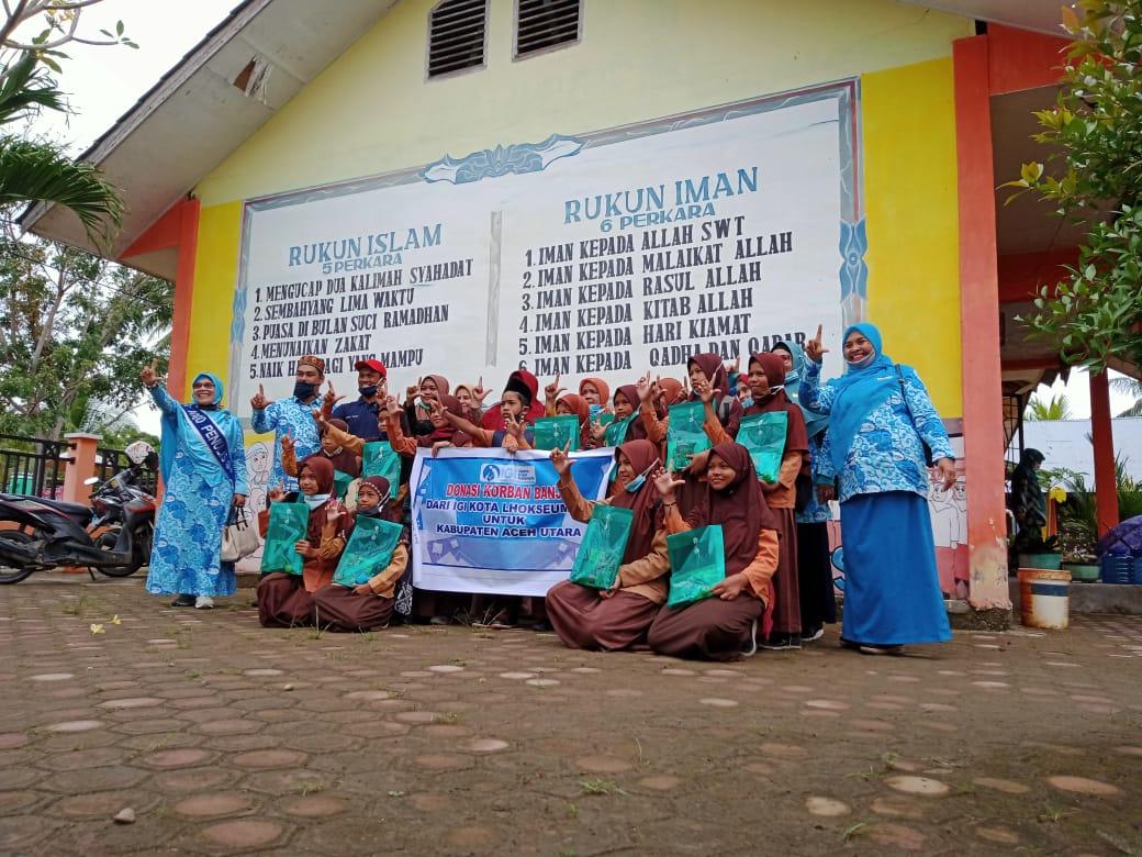 IGI Lhokseumawe Salurkan Bantuan Peralatan Sekolah untuk Korban Banjir Aceh Utara