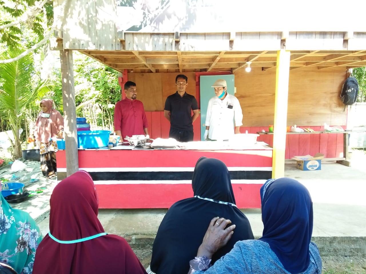 YGCI Lhokseumawe Gelar Pelatihan Kerupuk Tiram dan Saham Syariah